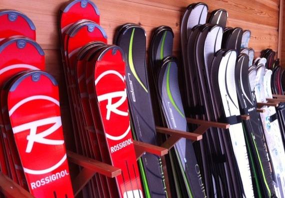 skis_skishop.jpg